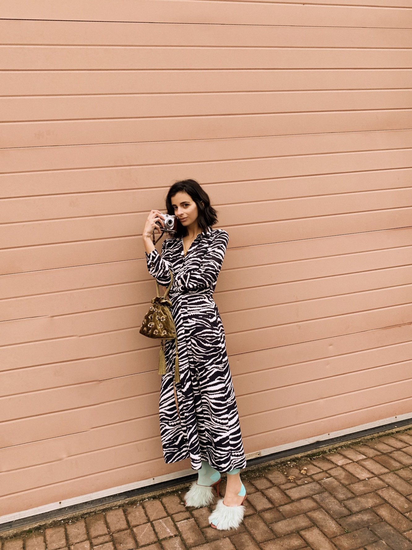 17d17d4749d3 Animal prints are doing the rounds again this season which means, you guys  can wear that leopard or zebra print investment piece you bought last  season all ...